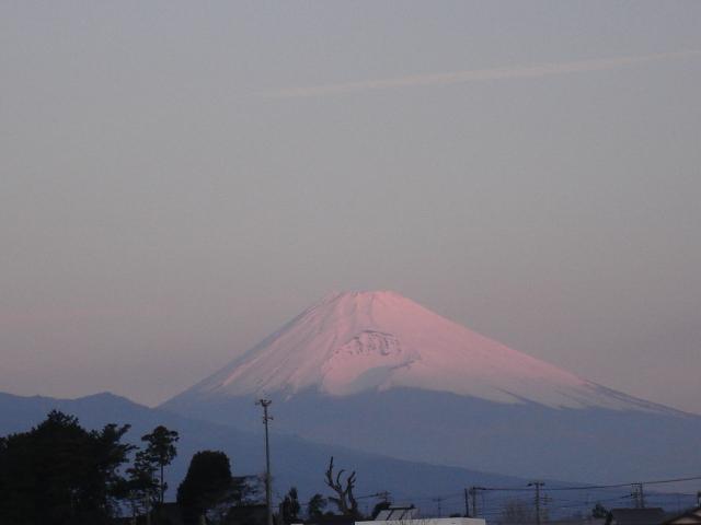 朝陽に映る富士
